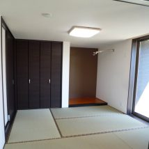 ゲストルームの落ち着いた和空間。